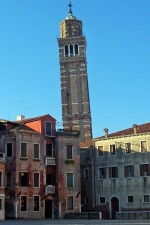 venices-own-leaning-tower